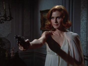 Lady in Waiting gun