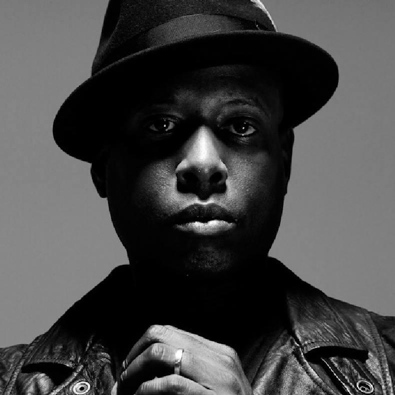 פאק דה כסף: עומר אסייס על האלבום החדש ששחרר טאליב קוואלי השבוע בהפתעה