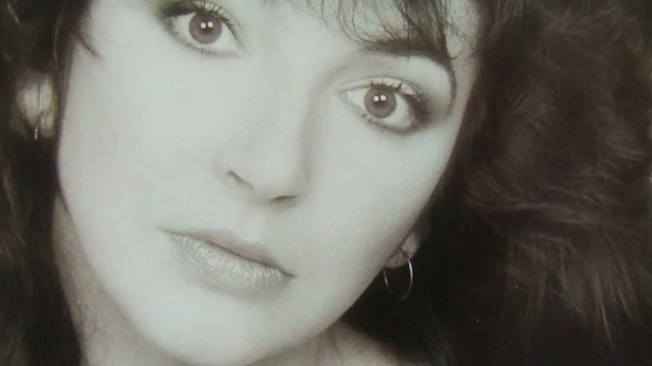 """הסיפור שאינו נגמר: תומר כהן זכה להכיר את קייט בוש דווקא דרך האוסף שלה – """"The Whole Story"""""""