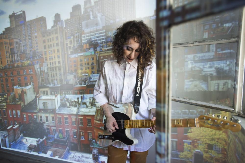 פלייליסט השפעות מיוחד לקולומבוס בעריכת ג'ודי ענתבי לכבוד צאת אלבומה החדש