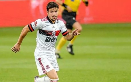 Destaque da base, Daniel Cabral revela 'frio na barriga' ao estrear no profissional do Flamengo - Flamengo | Coluna do Fla
