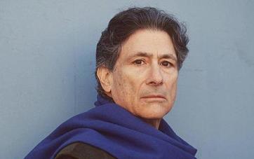 Edward Said, autor do livro Orientalismo, o oriente como invenção do ocidente.
