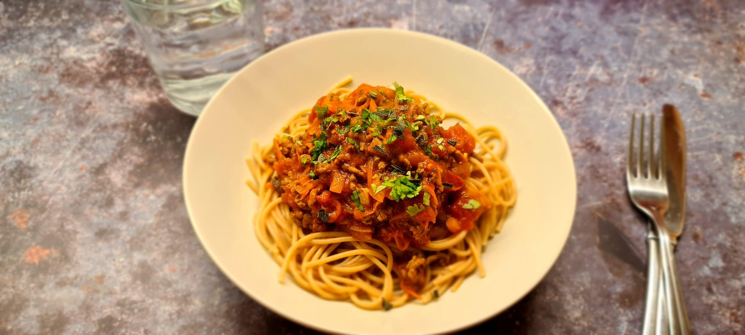 You are currently viewing Healthy Spaghetti Bolognese