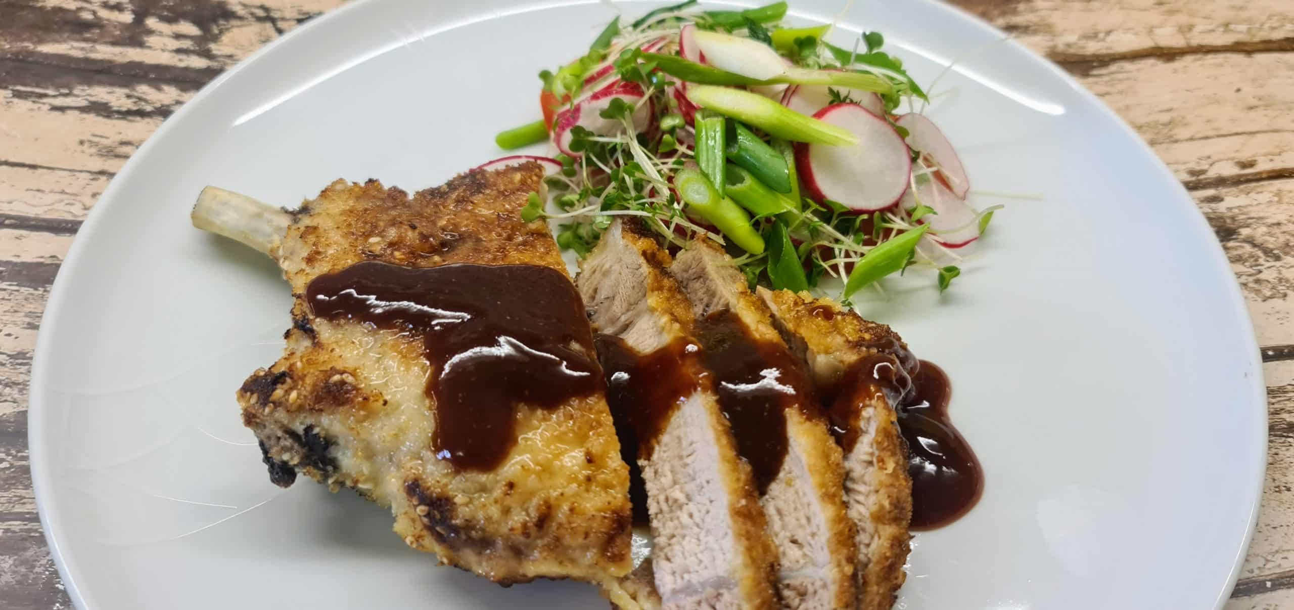 You are currently viewing Sesame Seed Pork Cutlets with Tonkatsu Style Sauce