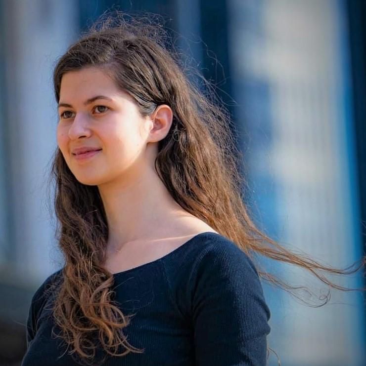 Ariane Llor