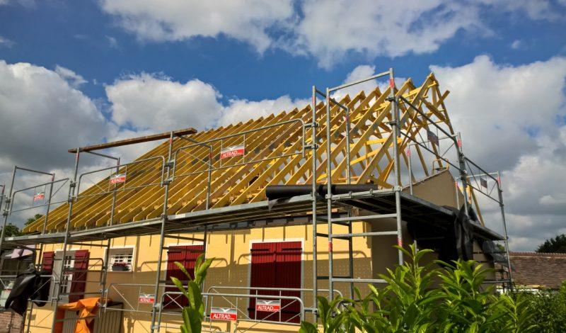 Retrouvez l'usage de vos combles en changeant la pente de votre toit.