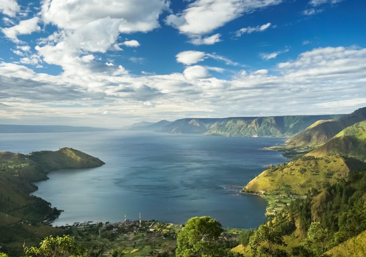 Lake Toba Sumatra Indonesia tour by come2indonesia
