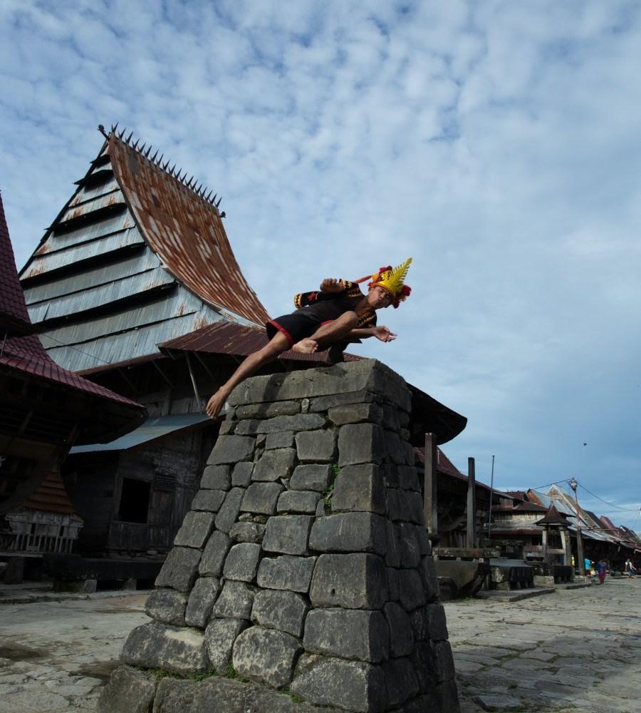 Nias Island tour sumatra insdonesia by come2indonesia