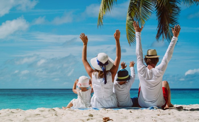 Family Trips in Indonesia by come2indonesia
