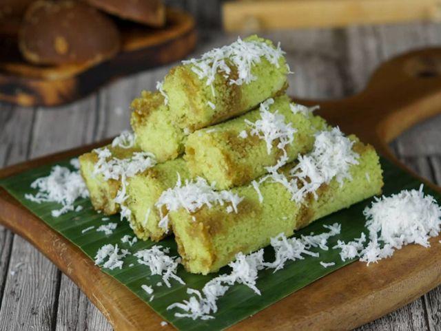 Kue Putu Comida tradicional de Indonesia