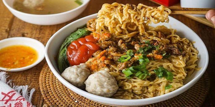 Mie Ayam Pangsit - Traditional Indonesian Food