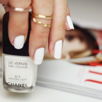 Favorite white nail polishes - Chanel, L'Oréal, Essie
