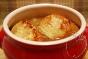 Sopa de Cebolla gratinada (5)