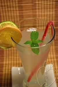 Cóctel de jengibre, menta y lima (3)