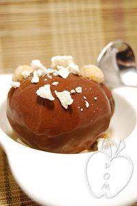Sorbete de cacao y crujiente de merengue y avellanas (11)