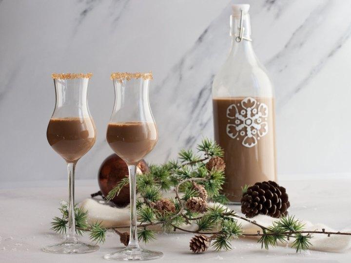Cola de Mono: Ein chilenisches Weihnachtsgetränk
