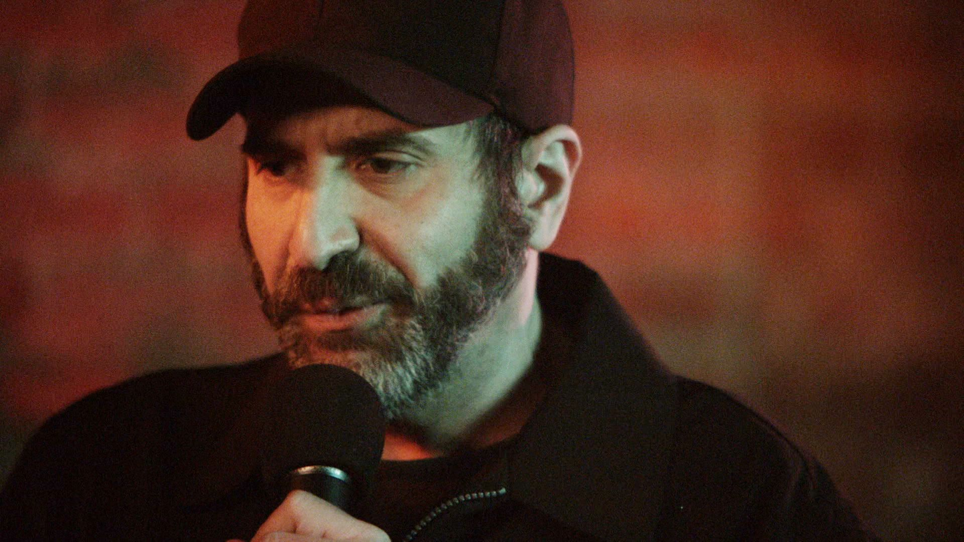 For the Dave attell midget your