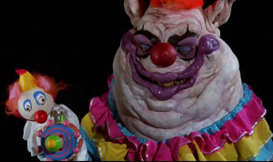 killer-klowns-from-outer-space-fat-clown-creepy-scary-gun