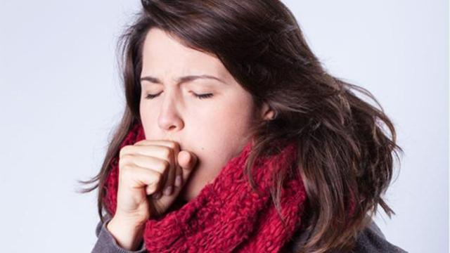 Get Rid of a Sore Throat Rapidly : Home Remedies