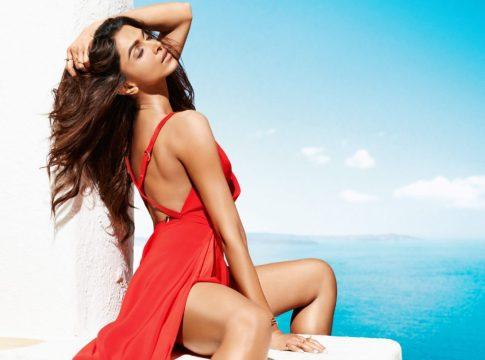 Deepika-Padukone-Hot
