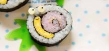 guarnire il piatto con il sushi