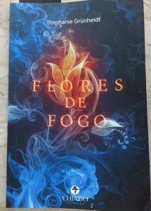 Flores de fogo no Comenta Livros