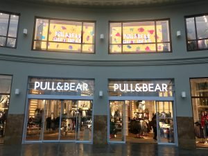 pull bear colon