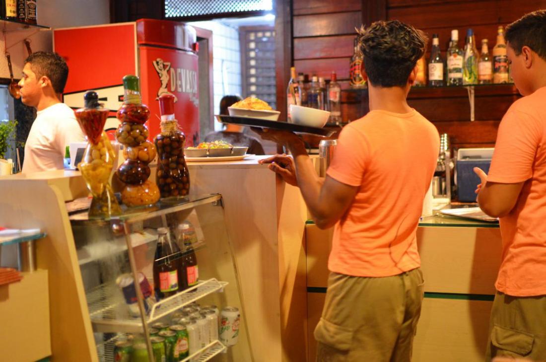Varanda restaurante fernanado de noronha comerdormirviajar.com (22)