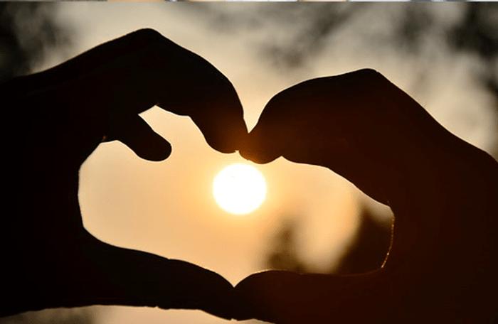 come coinvolgere emotivamente e fare innamorare un uomo disinteressato