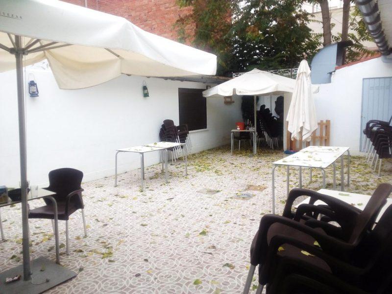 el patio del chache