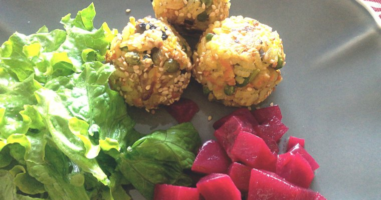 Bolinhos de Arroz com salada de Beterraba