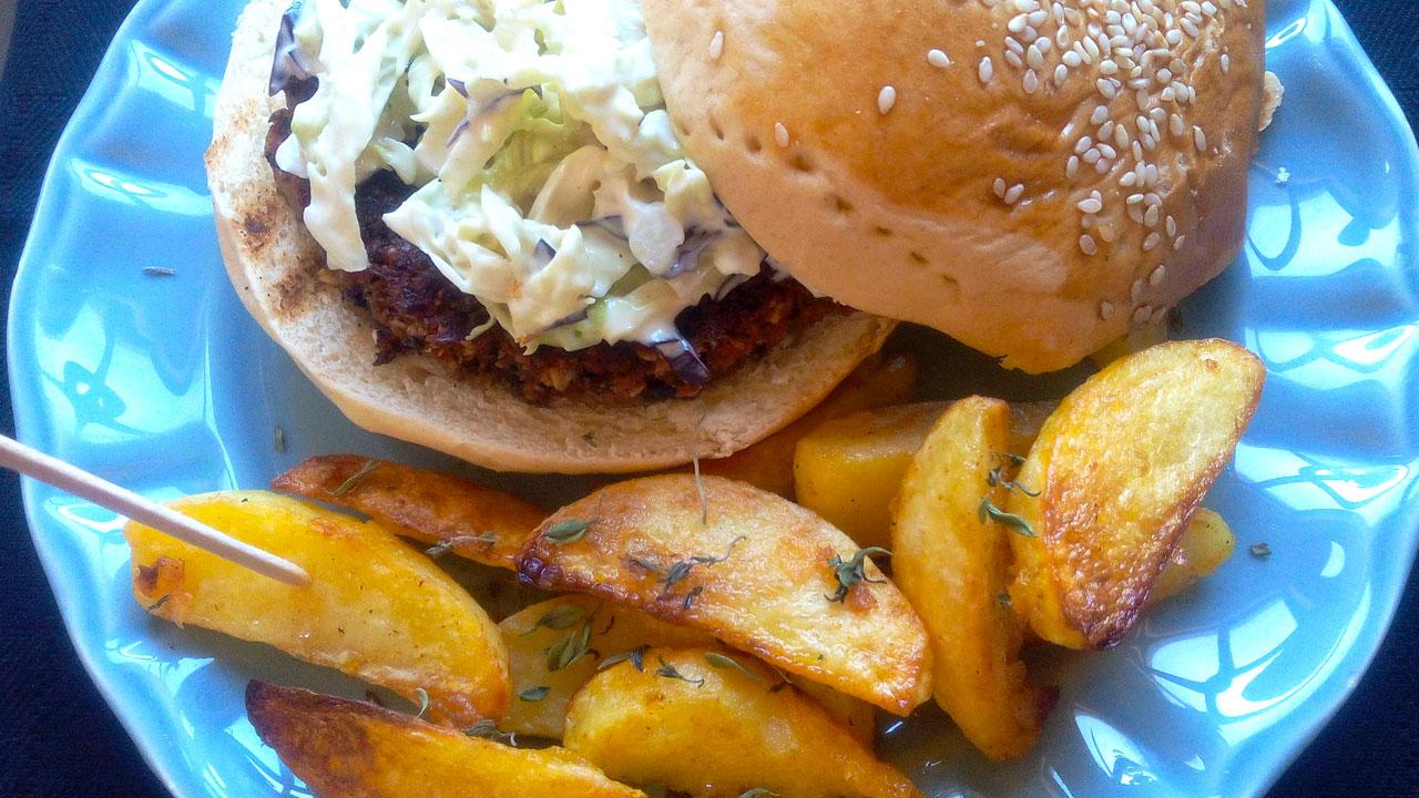 Hambúrgueres de Feijão Preto e Aveia