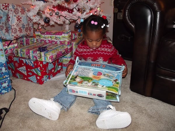 Holiday Gift Guide: Kidz Entertainment Inc. Review and Giveaway