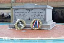 Crypt of MLK JR and Coretta Scott King