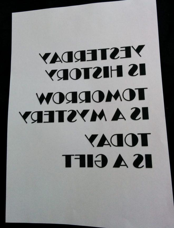printet spejlvendt citat til at brodere bogstaver på stof | broderi bogstaver | søstrene grene lærred