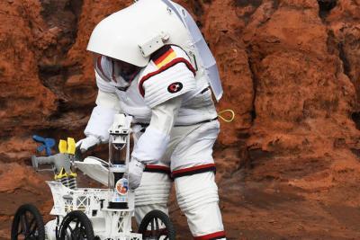 moonwalk combinaison spatiale espace comex
