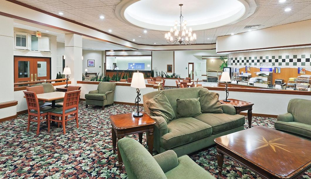 Comfort Inn Suites Plano East Plano Accommodation In The