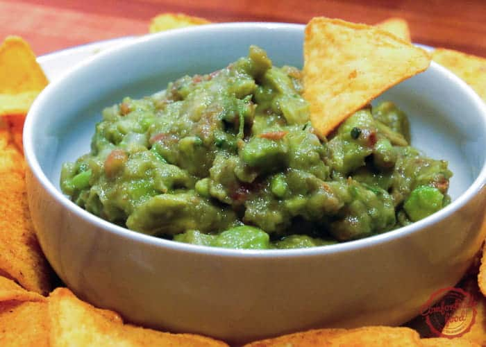 Traditional mexican guacamole comfortable food easy traditional mexican guacamole recipe forumfinder Images