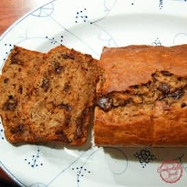 Peanut Butter Chocolate Chip Banana Bread with Video