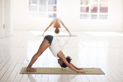 トレーニングの悪い姿勢はお腹痩せ効果半減させる
