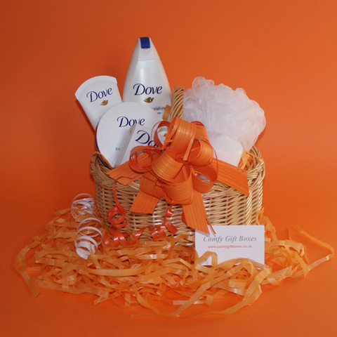 Gift Baskets UK Pampering Gift Baskets For Her Beauty