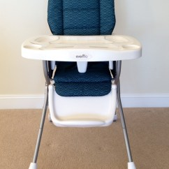 Toddler Chair With Tray Folding Lawn High W Removable And Belts At Vacation Comfort