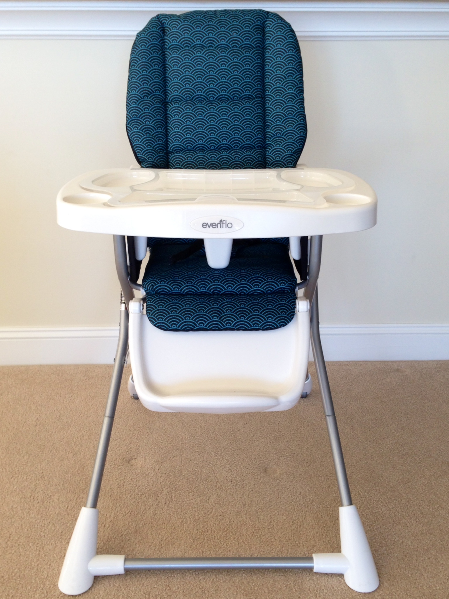 High Chair Tray High Chair W Removable Tray And Belts At Vacation Comfort Rentals