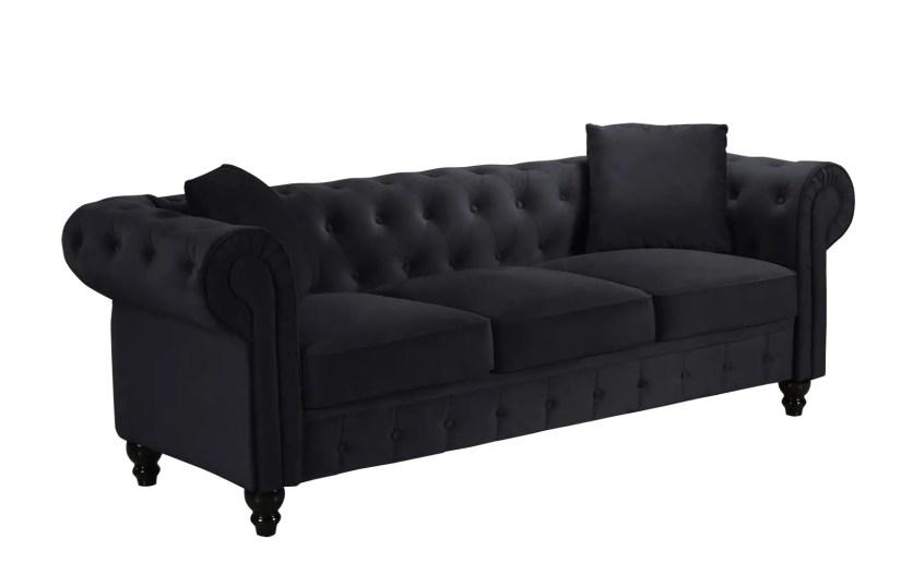 Royal Victorian-Style Velvet Chesterfield Sofa Black