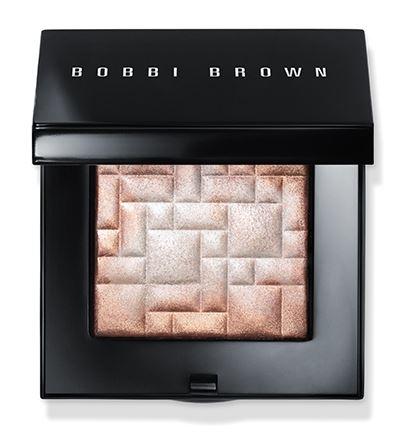 highlighting-powder-pink-glow-bobbi-brown-highlighter-makeup