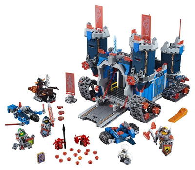 lego-ninjago-nexo-knights-the-fortrex-set