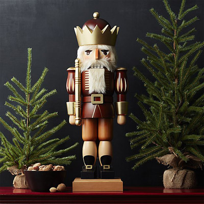 Kind Nutcracker (Wood/Gold)
