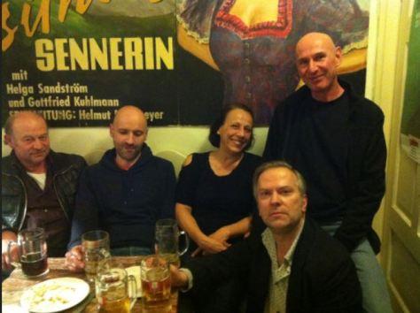 Das Team: Waco Wagner, Thomas Stottele, Dolly Kuhn, Bernd Brehmer, Wolfi Bihlmeir (v.l.n.r.)