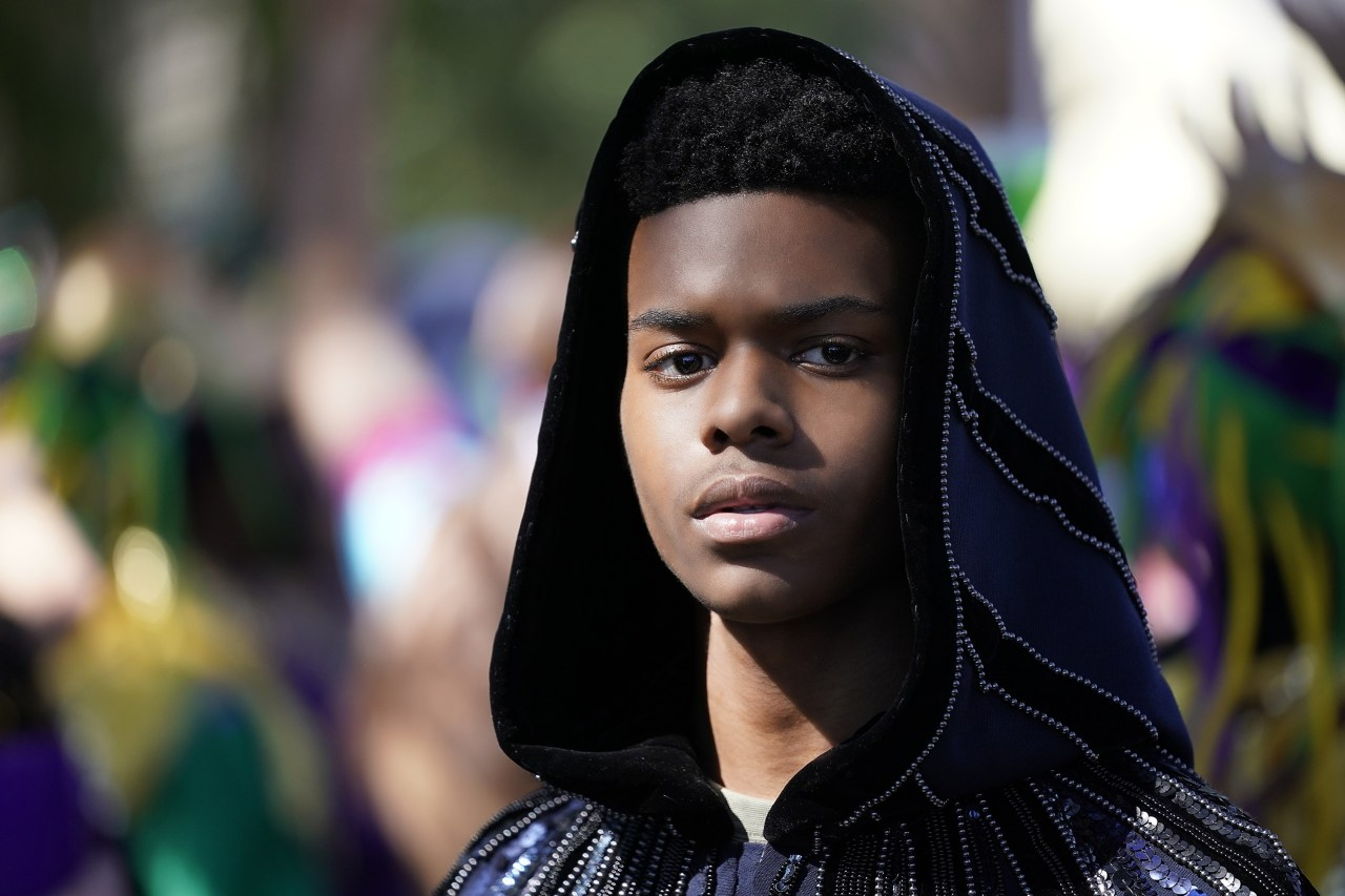 """MARVEL'S CLOAK & DAGGER - """"Colony Collapse"""" - In the dramatic season finale of ÒMarvelÕs Cloak & Dagger,Ó everything comes to a head for Tyrone and Tandy as the city of New Orleans is thrown into chaos. The two realize that it is time they face their destiny and test their powers as ÒThe Divine PairingÓ to save the city. This episode of """"Marvel's Cloak & Dagger"""" airs Thursday, August 2 (8:00 - 9:00 p.m. EDT) on Freeform. (Freeform/Alfonso Bresciani) AUBREY JOSEPH"""