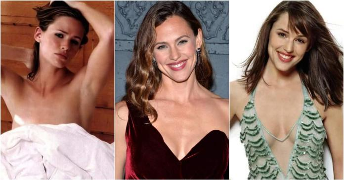 63 Jennifer Garner Sexy Pictures Will Drive You Nuts For Her